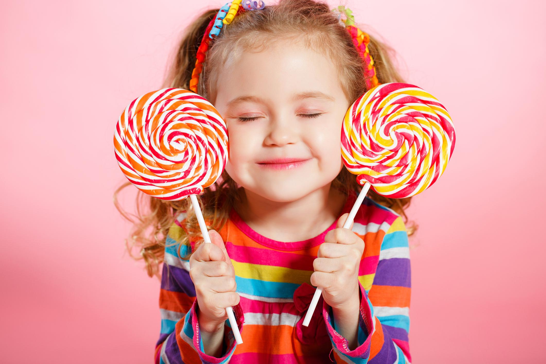 Корисні методи, як відучити дитину від солодкого