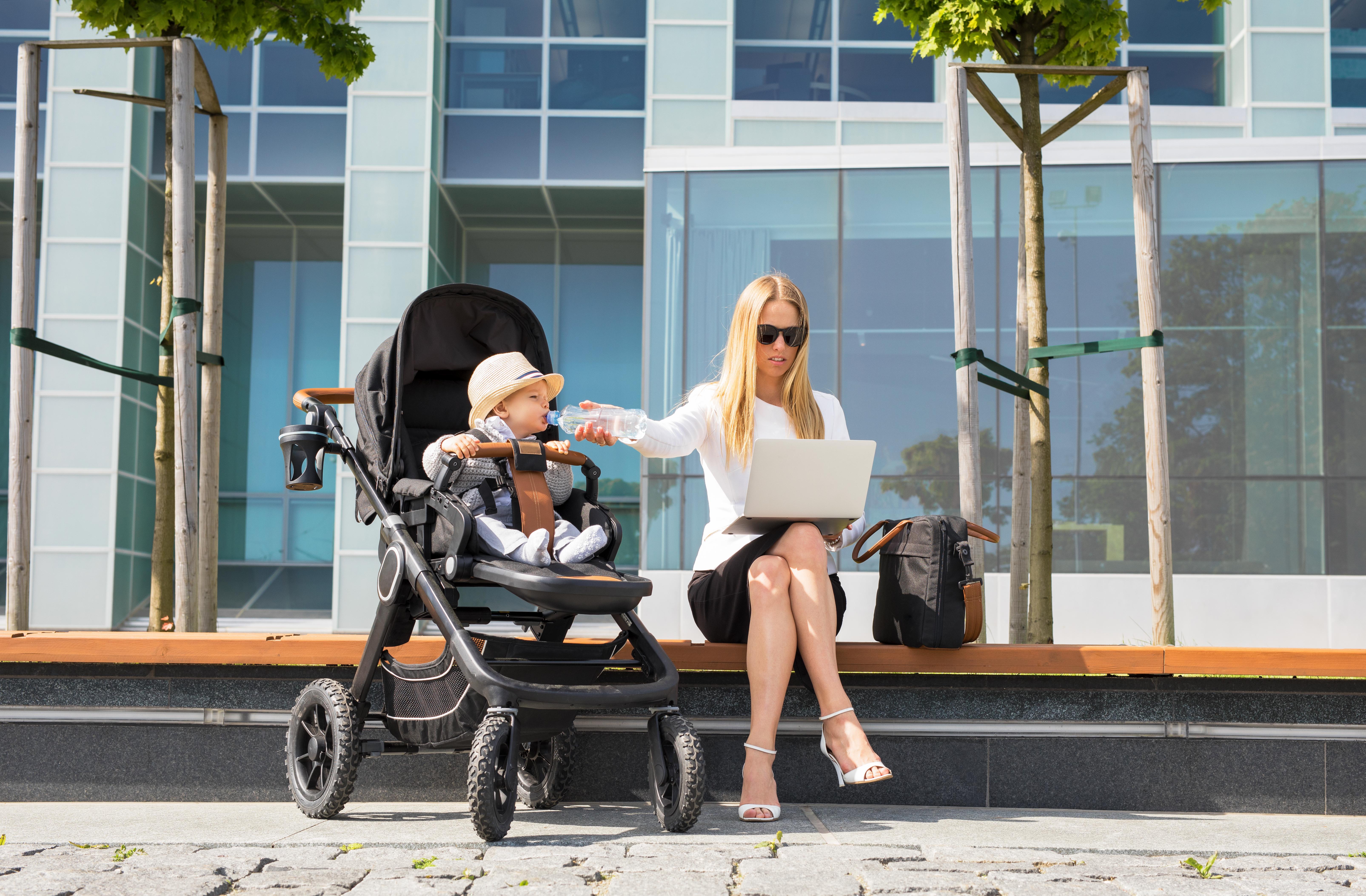 Як материнство впливає на збільшення робочої продуктивності
