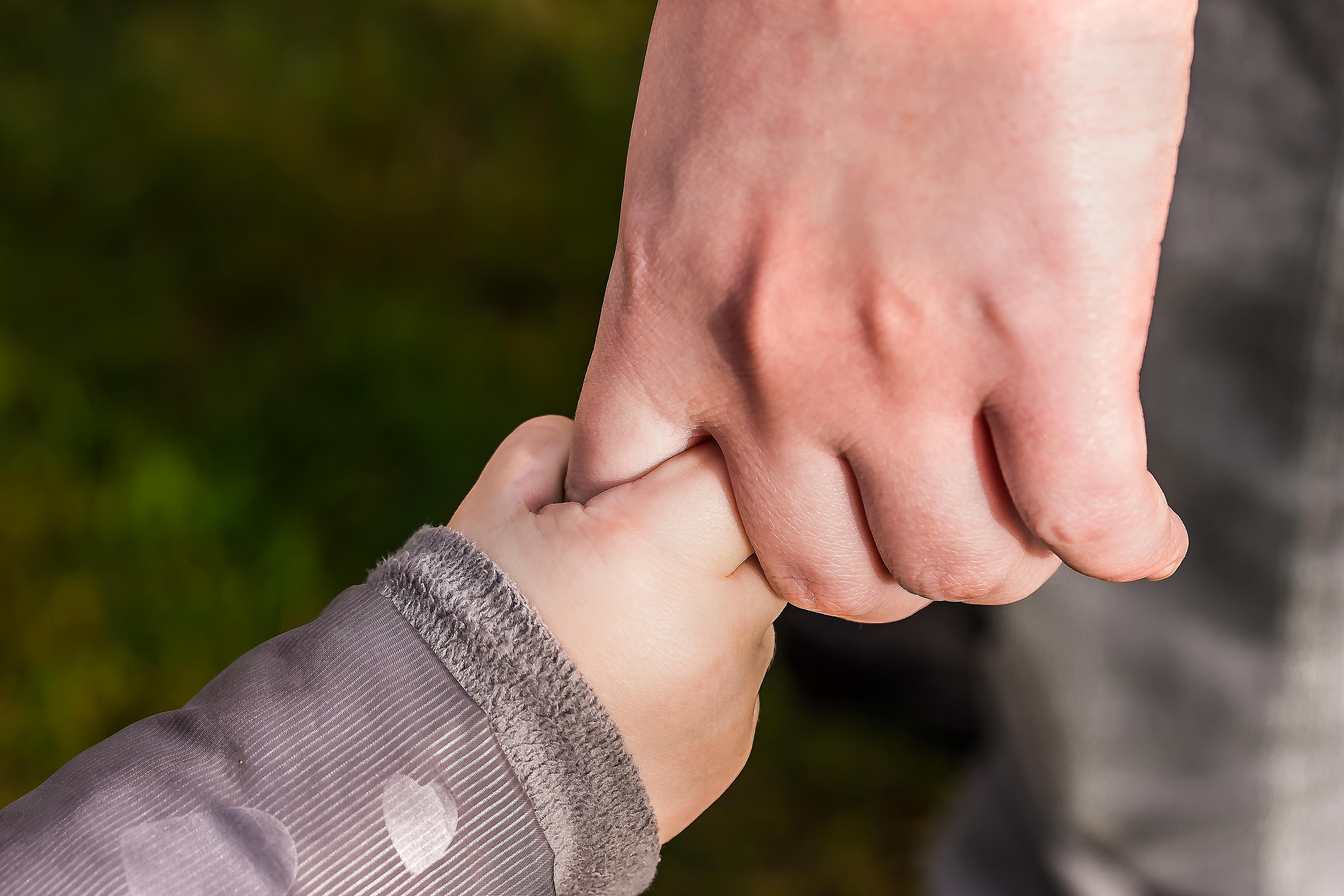 9 мудрих порад заслужити довіру своєї дитини