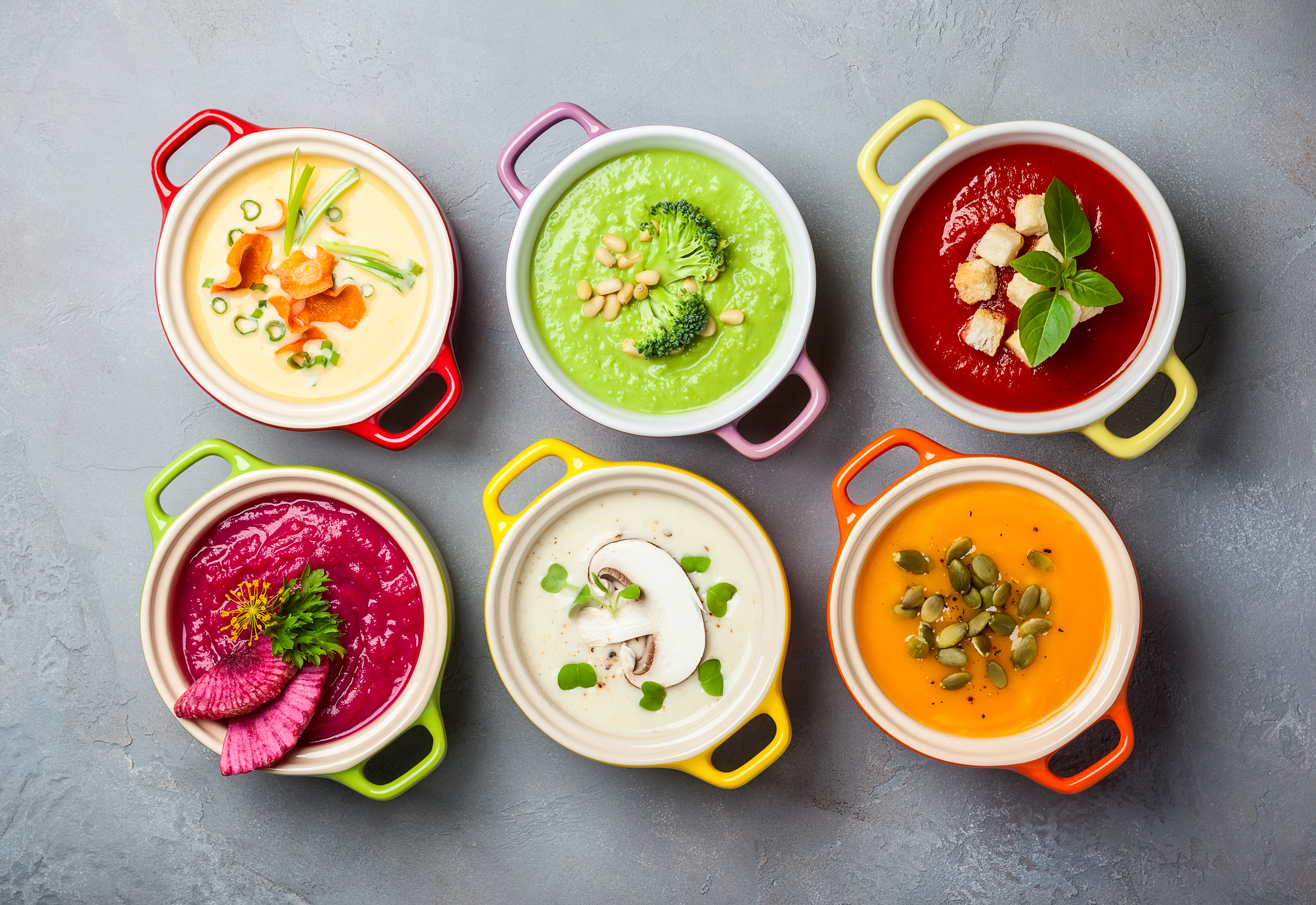 Популярні супи з різних країн світу, які легко приготувати вдома