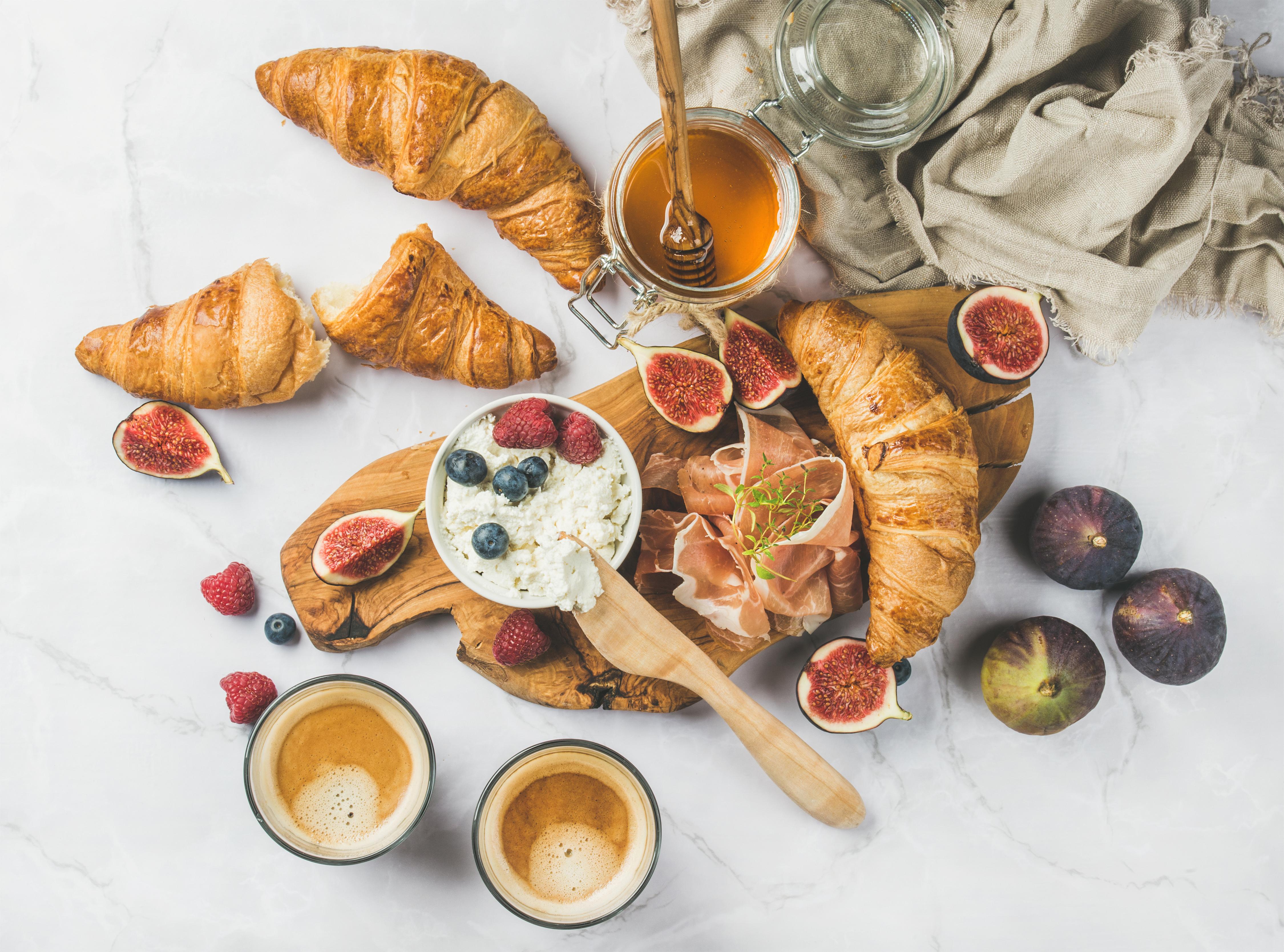 Корисний сніданок для школярика: ідеї для страв