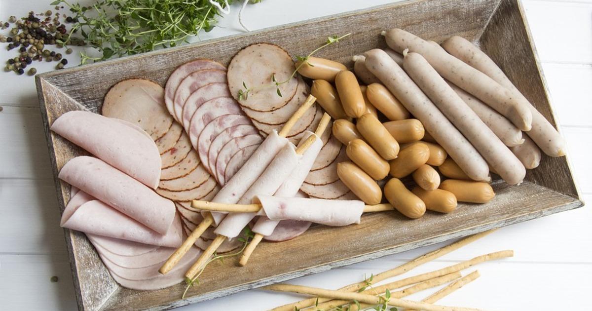 Немає сосисок, чому ми повинні відмовитися від перероблених м'ясопродуктів