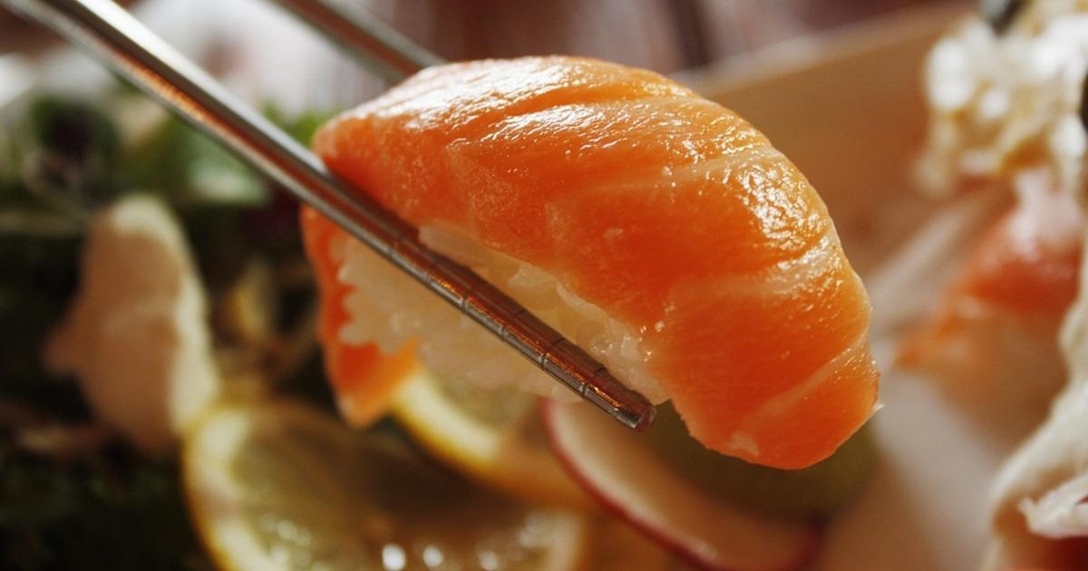 Як схуднути, поїдаючи улюблені суші