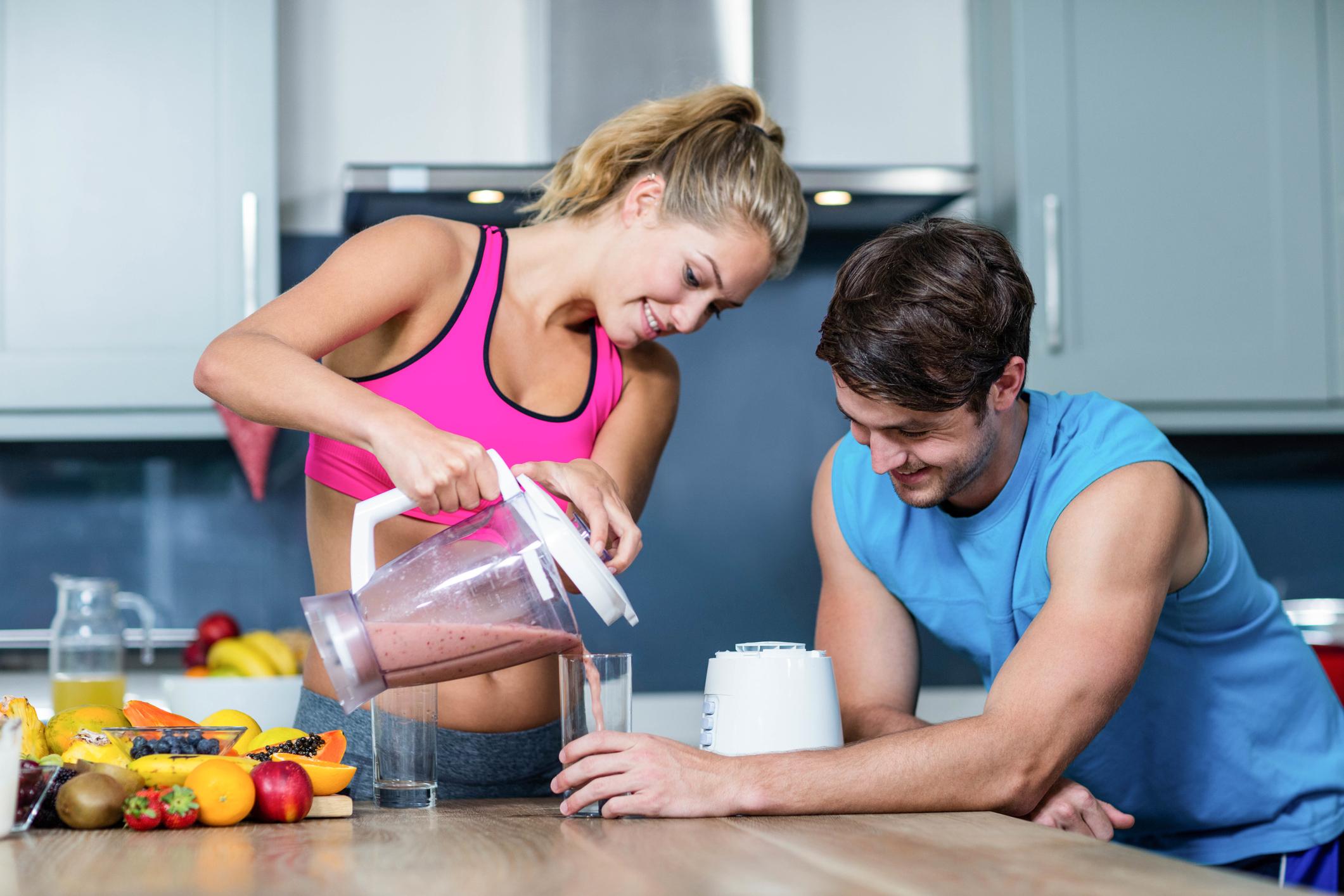 2 універсальних протеїнових коктейлю з приготуванням на дому
