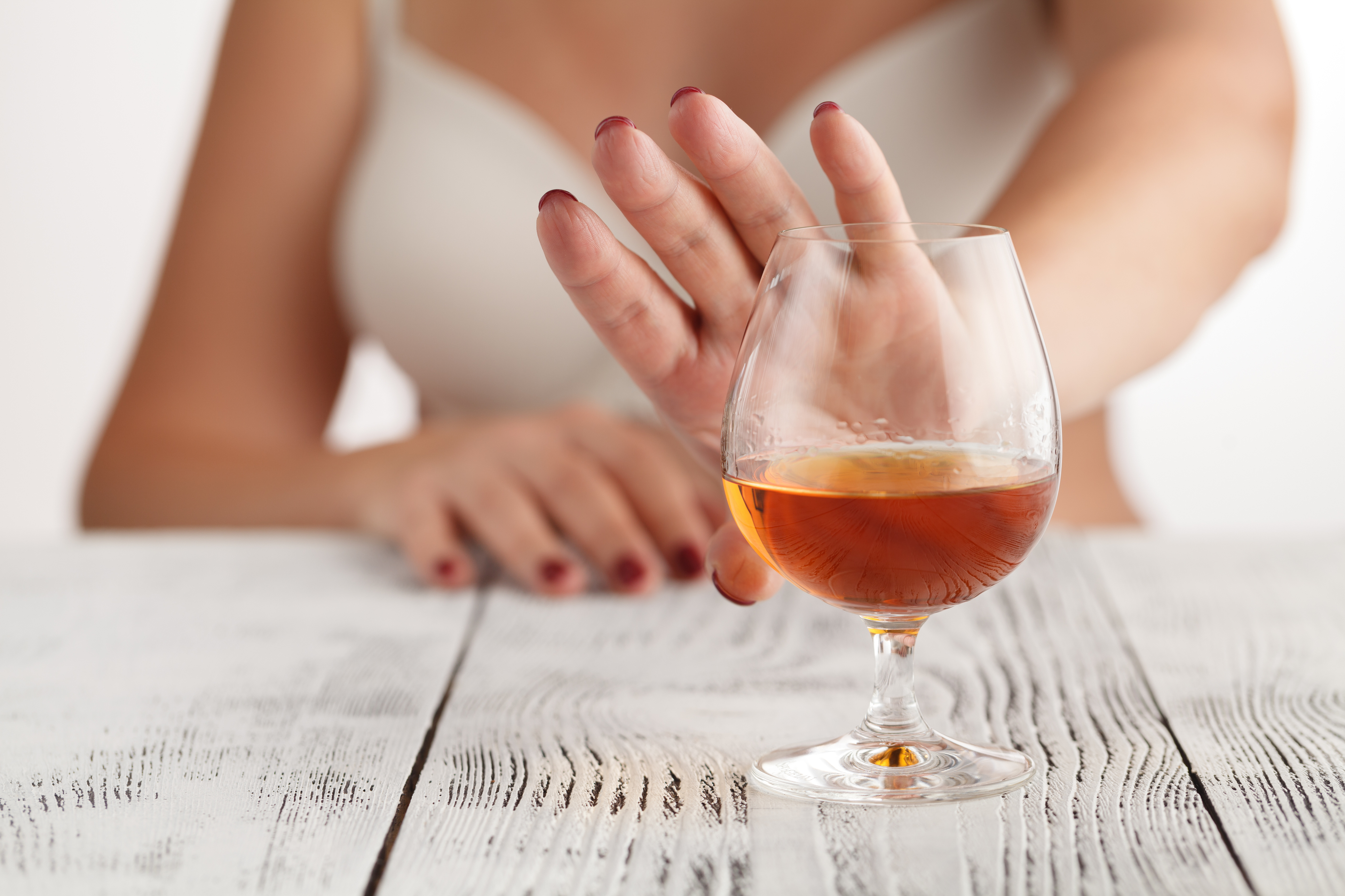Чим замінити алкоголь, коли тягне до спиртного