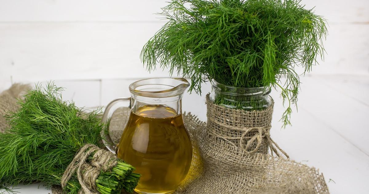 7 способів використовувати стебла зелені в кулінарії