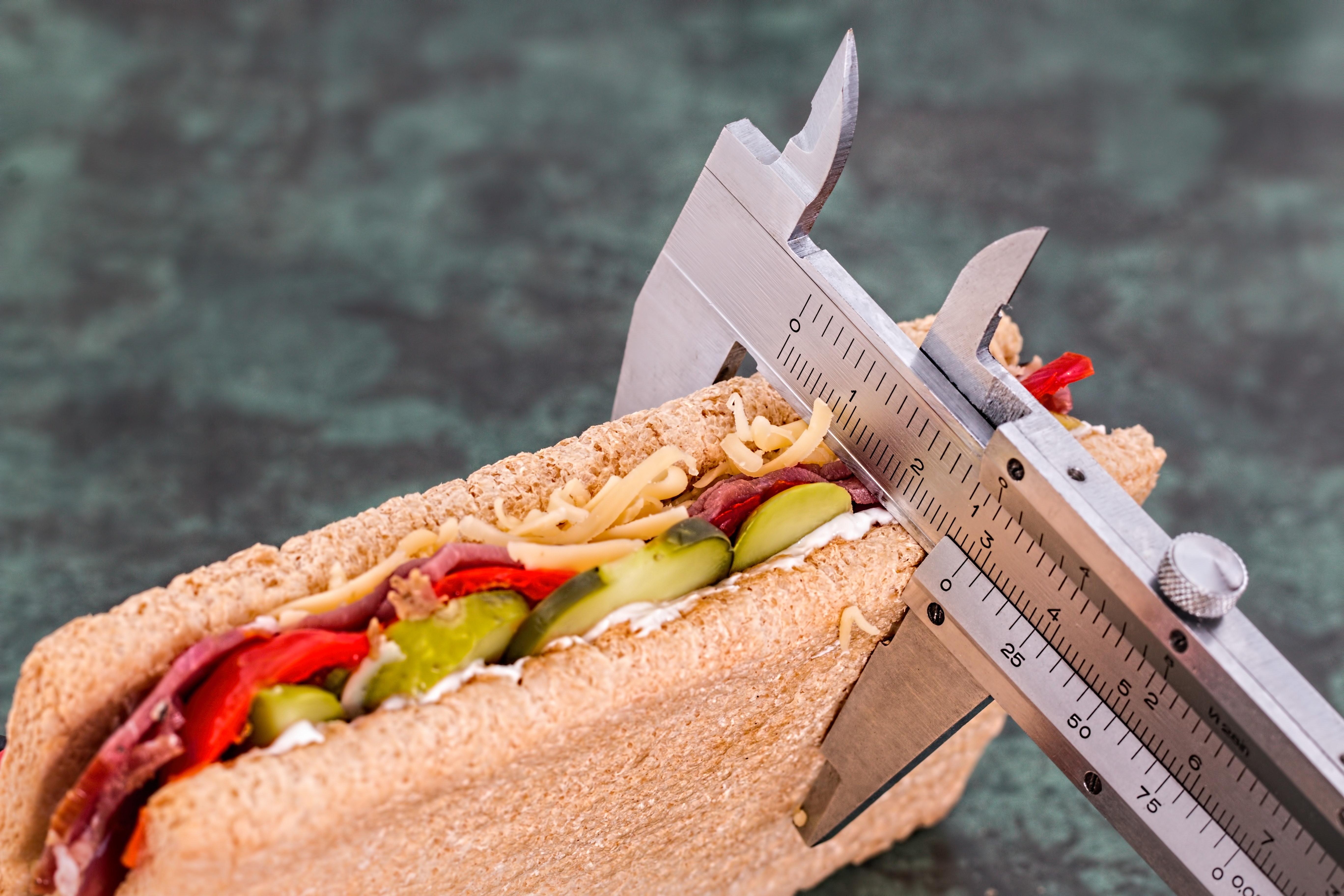Плюси і мінуси підрахунку калорій на дієті