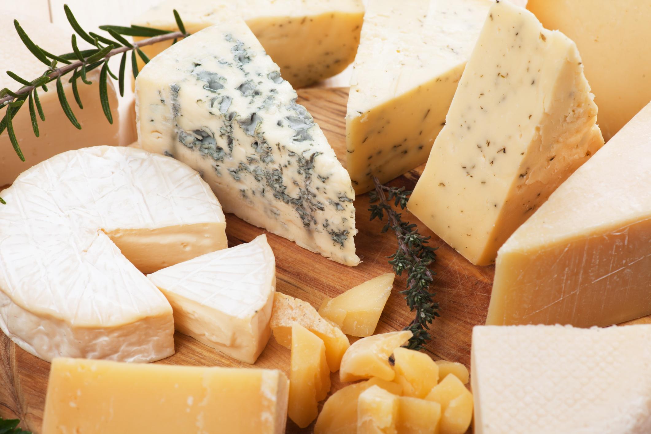 Корисні сири, які можна їсти при схудненні