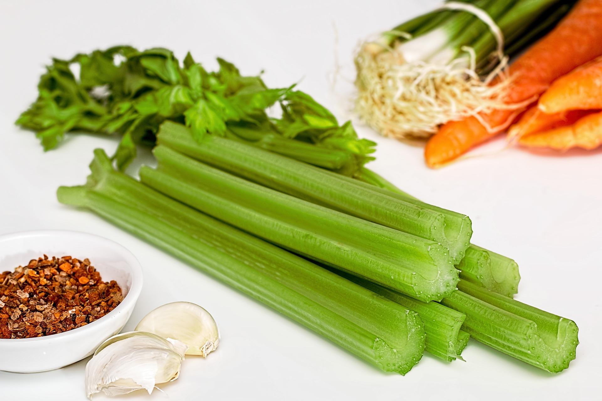 4 салату з селерою, які врятують при схудненні